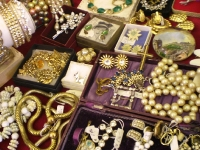 Selection-of-jewellery