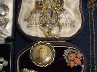Vintage Jewellery (3)