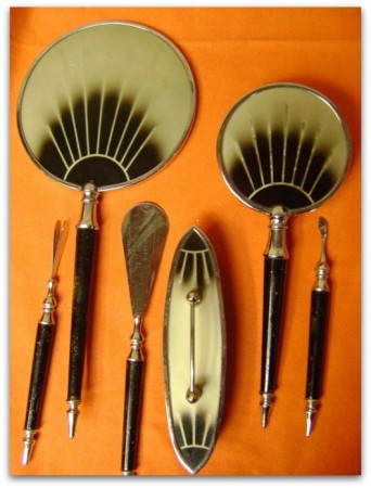 Abelincolnsdog Art Deco Vanity Set
