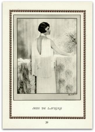 MarcadeVintagePrints Miss de Lavigne
