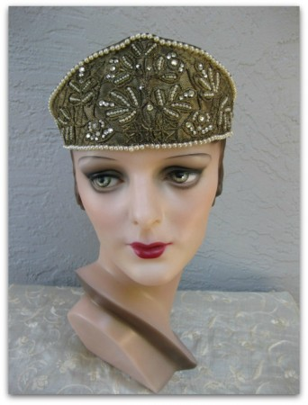 The Butlers cottage flapper headband