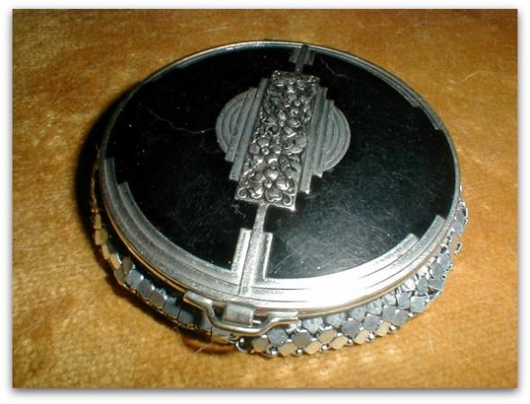 harvestmoonboutique art deco black enamel & silver compact