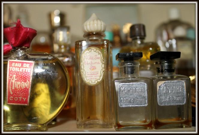 vintage perfume bottles 2