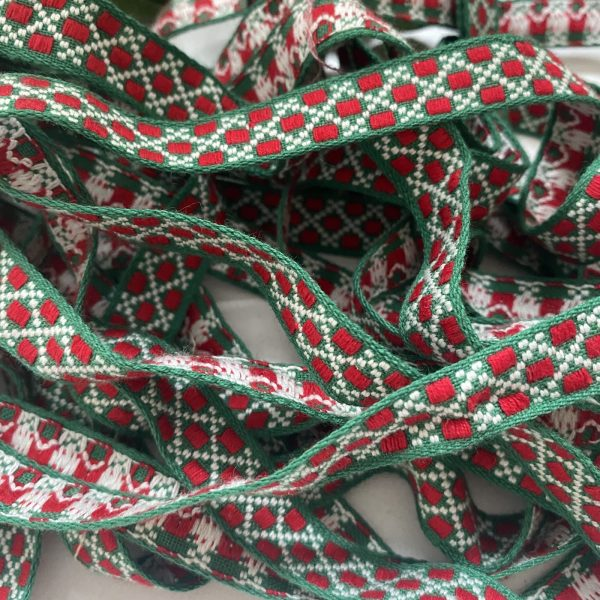Vintage Trimming Braid Red and Green and White