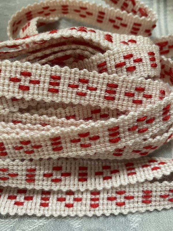 Back of Woven Ribbon
