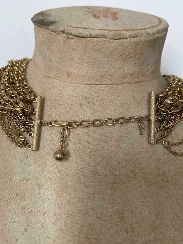 Back Clasp Trifari Necklace
